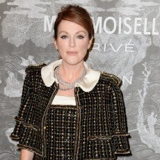 Julianne-Moore e Chanel